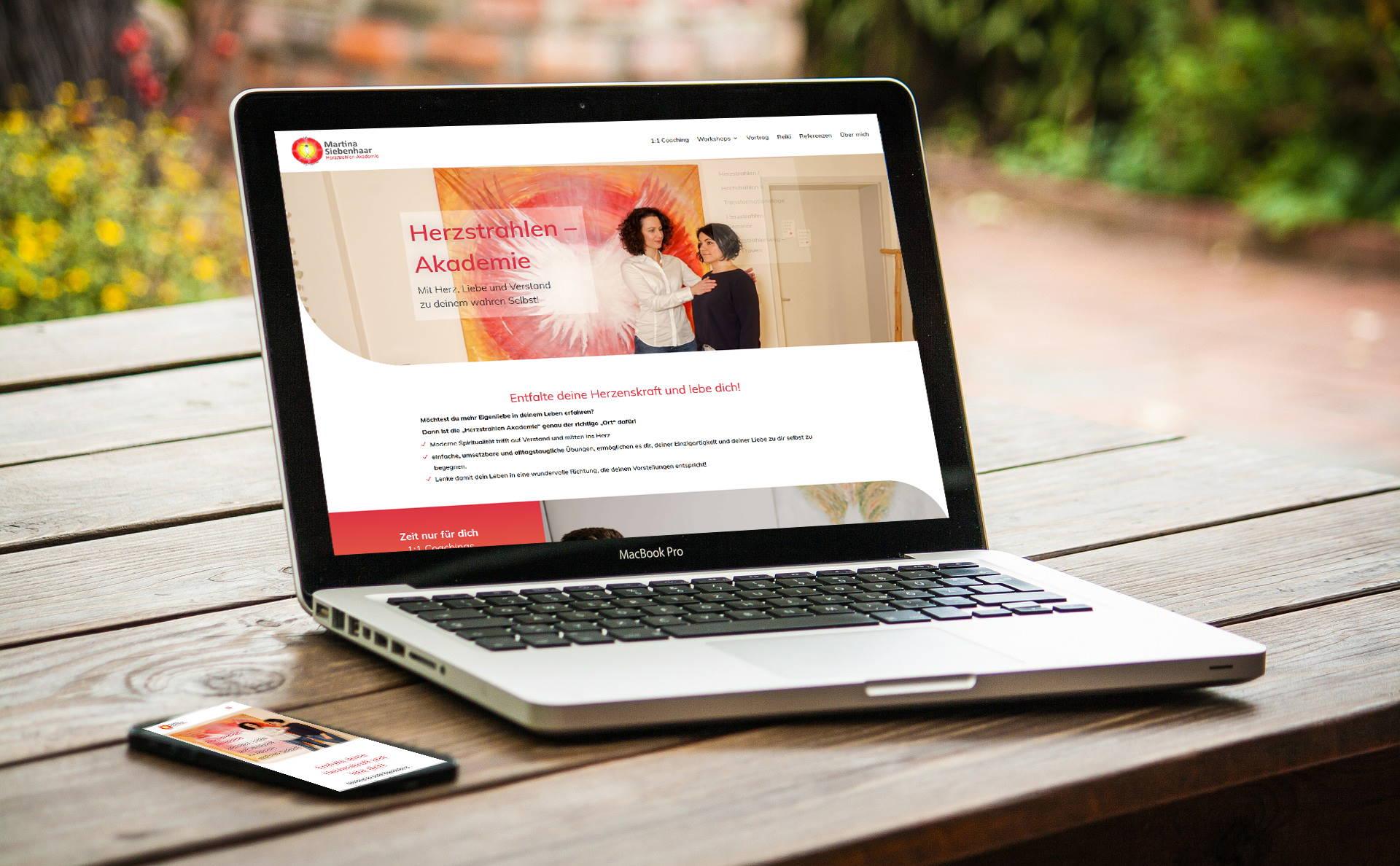 modernes Webdesign - responsive Webdesign mit WordPress - Website für Herzstrahlen-Akademie
